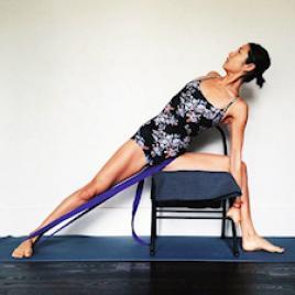 Yoga Stühle und Banken
